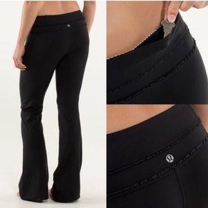 Lululemon | Groove Ruffle Black Flare Pants 8